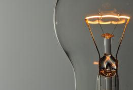 Comparison Chart: LEDs vs. CFLs vs Incandescent Light Bulbs